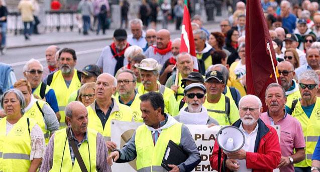 Jubilados que protestan